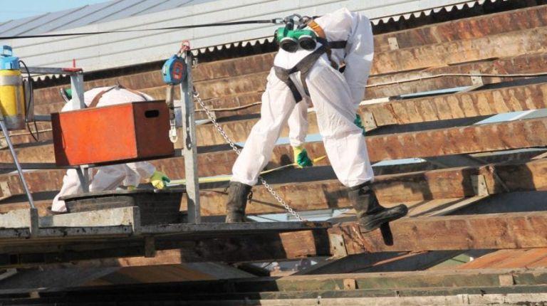 asbest-verwijderen-en-huis-054-1024x486