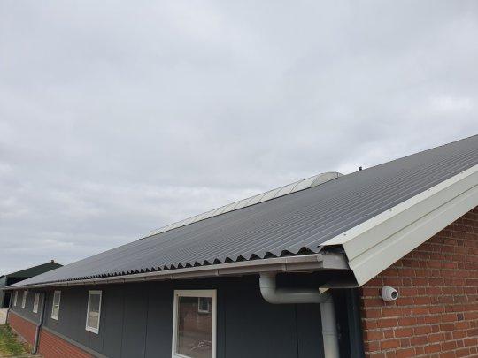 lichtstraat en lichtnok op dak