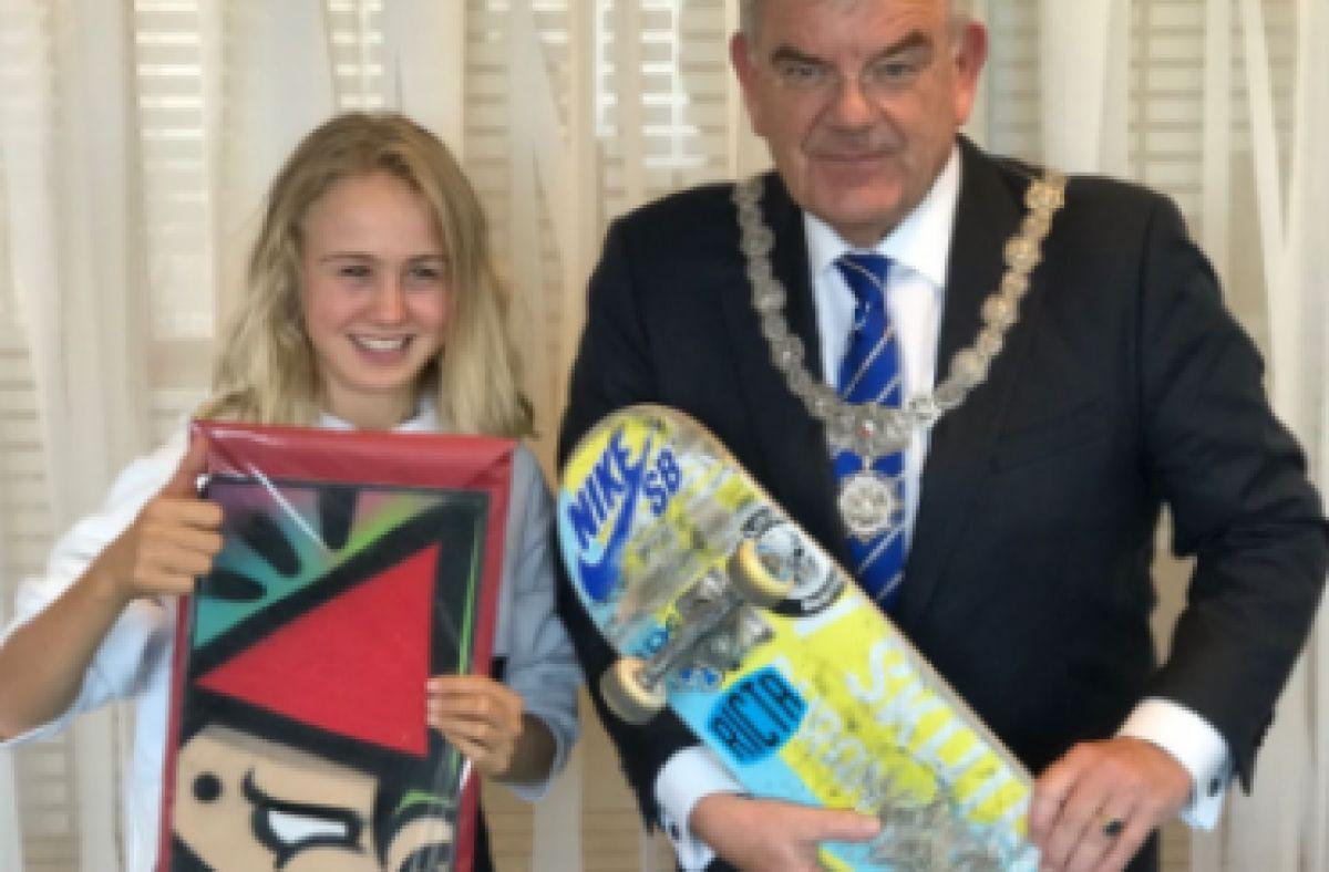 Trotse burgemeester beloont Skatekeet (14)