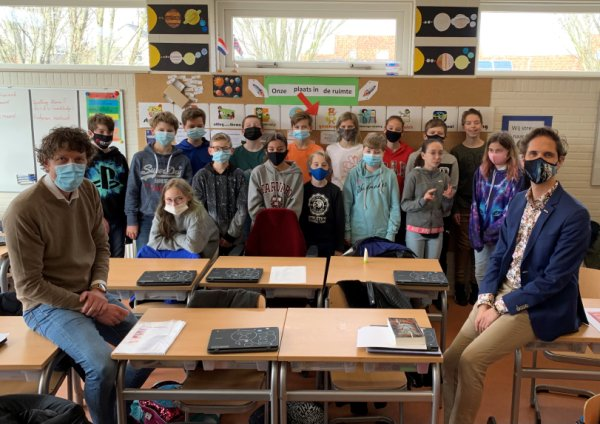 Foto - Ruimteles voor groep 8 van basisschool De Jutter
